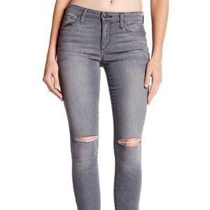 NWOT Joe's Jeans Mid Rise Skinny Jeans 24 FLAW